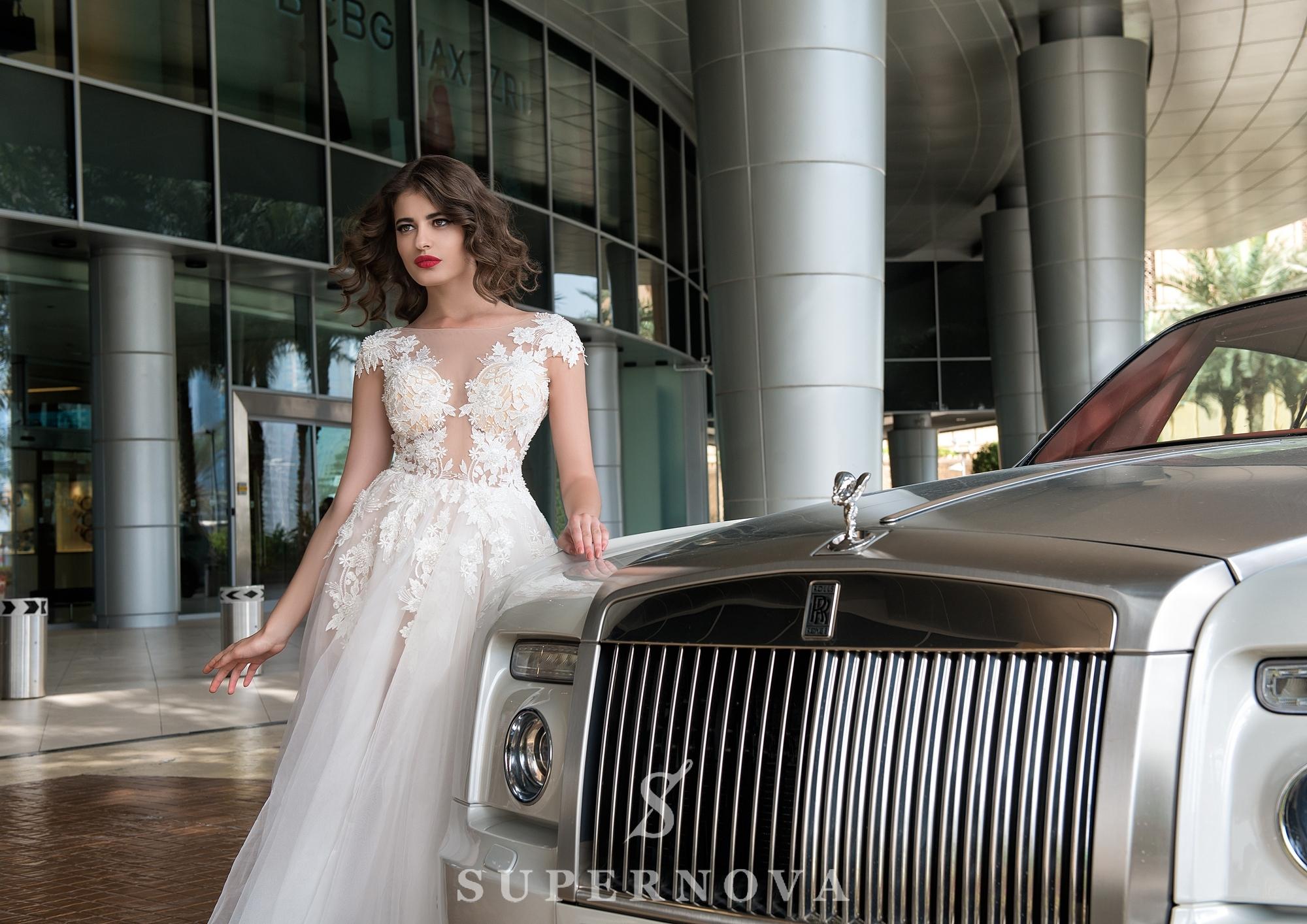 Slit wedding dress-1