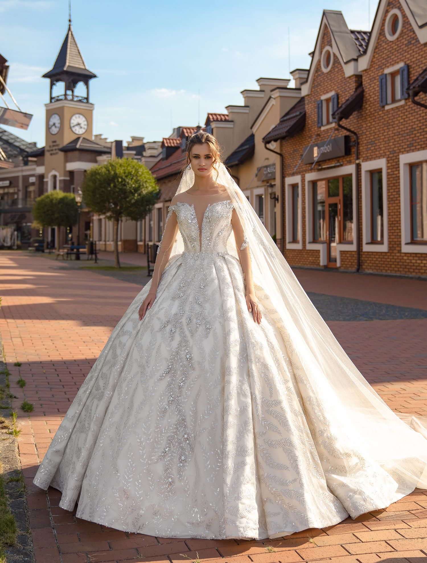 Wedding veil with silver lace wholesale from Supernova-1