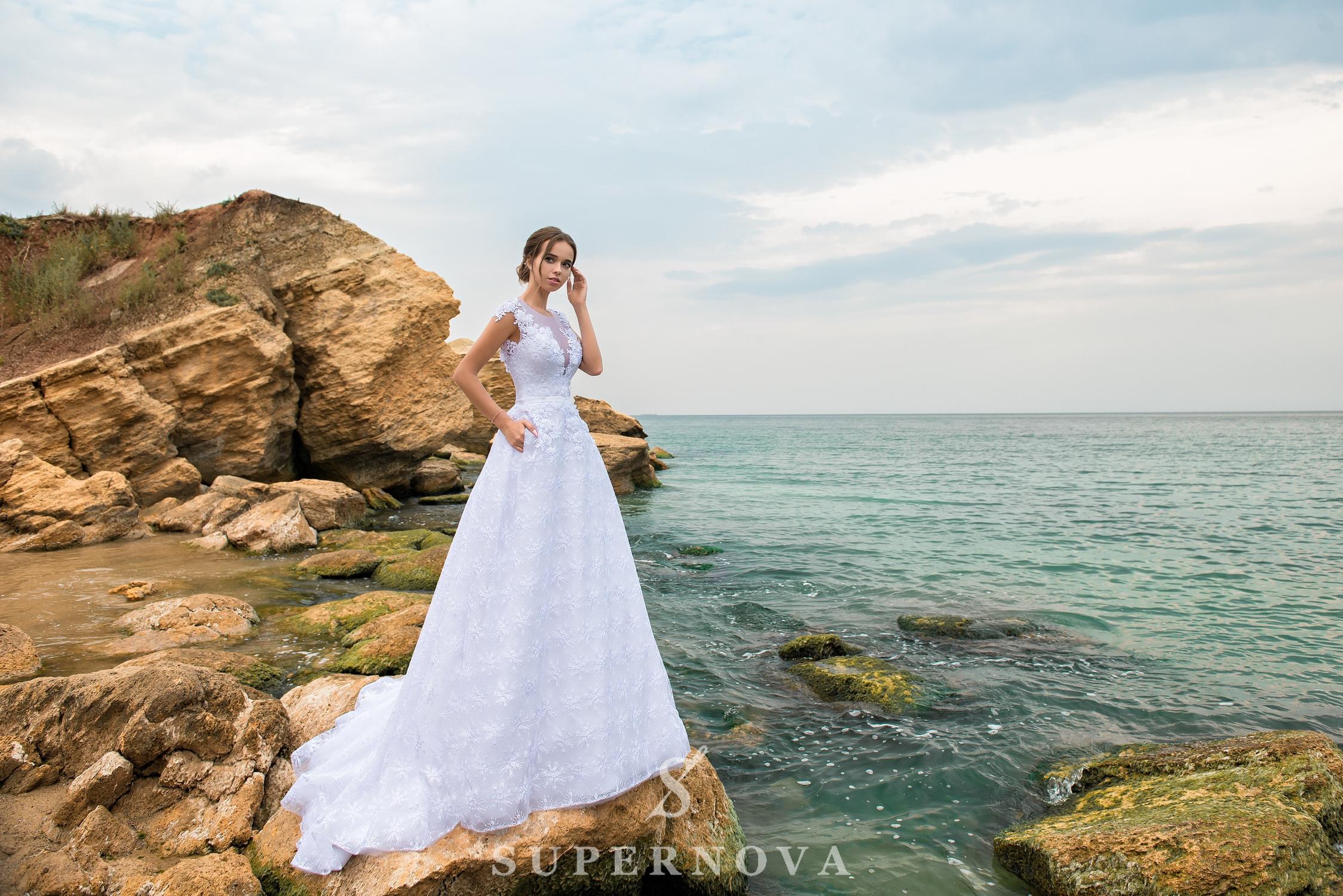 Rochie de mireasă A-line cu corset până la talie-1