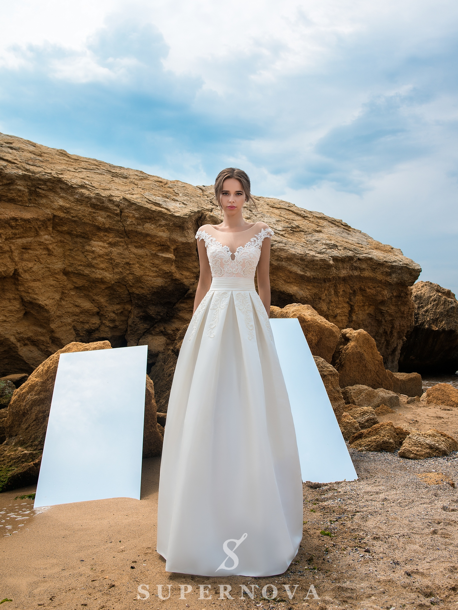 Wedding dress with bodice on a yoke-1
