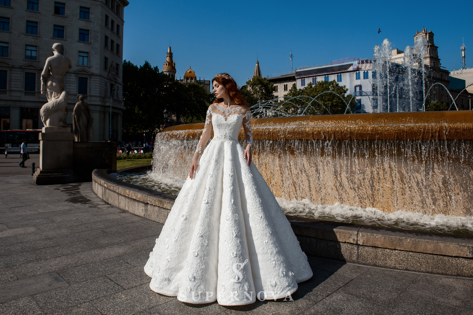Wedding dress from shine material from SuperNova wholesale-1