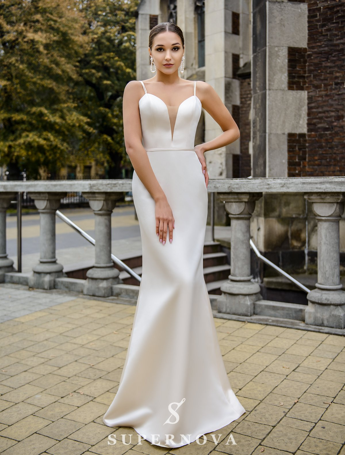 Wedding set consisting of satin dress and cape wholesale from SuperNova-1