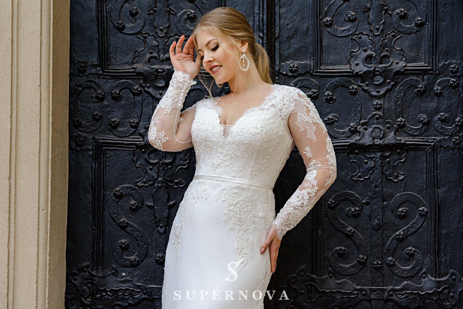 Plus size wedding dress with a soft skirt-train on wholesale from SuperNova-1