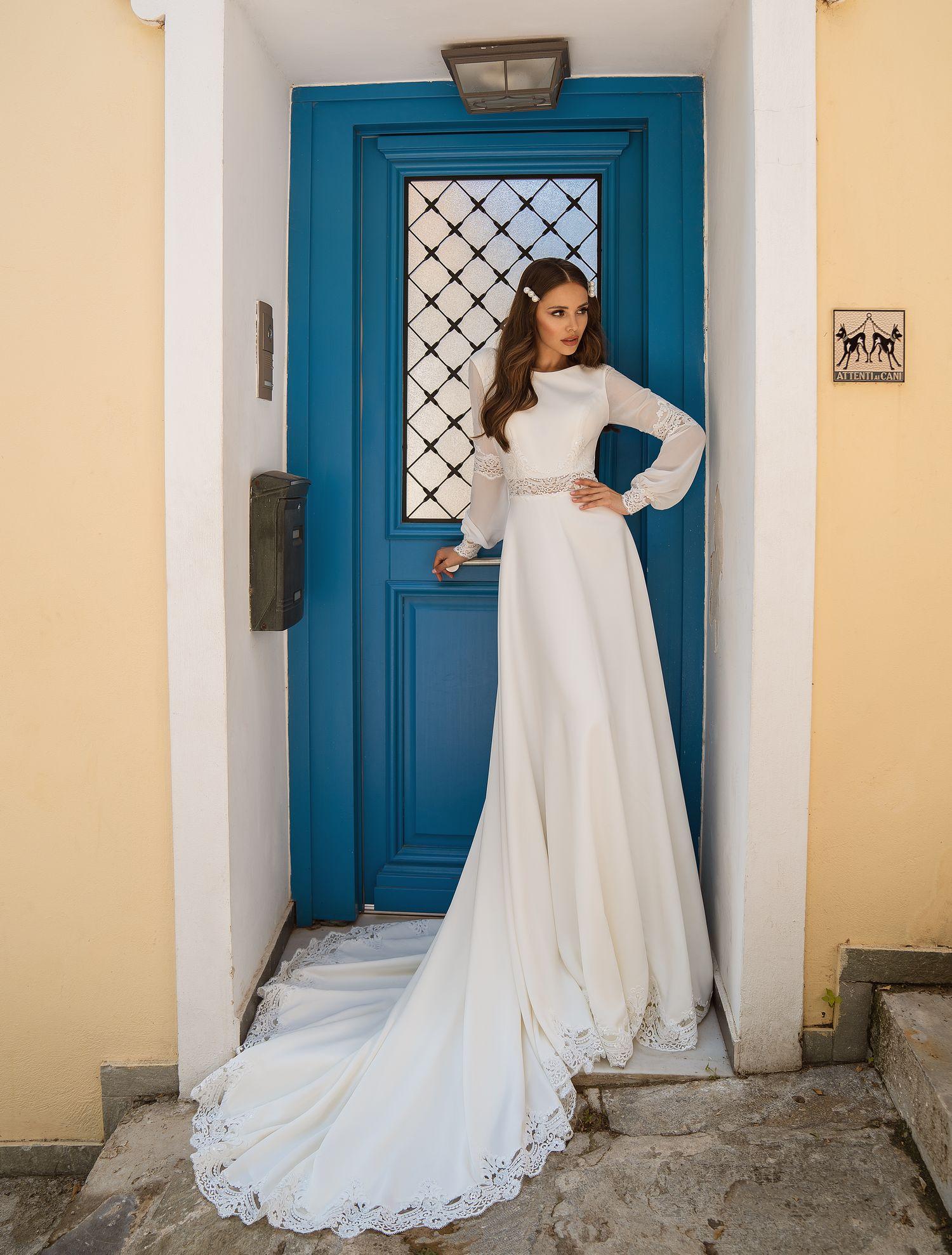 Весільну сукню з прозорими вставками купити від виробника Supernova оптом-1
