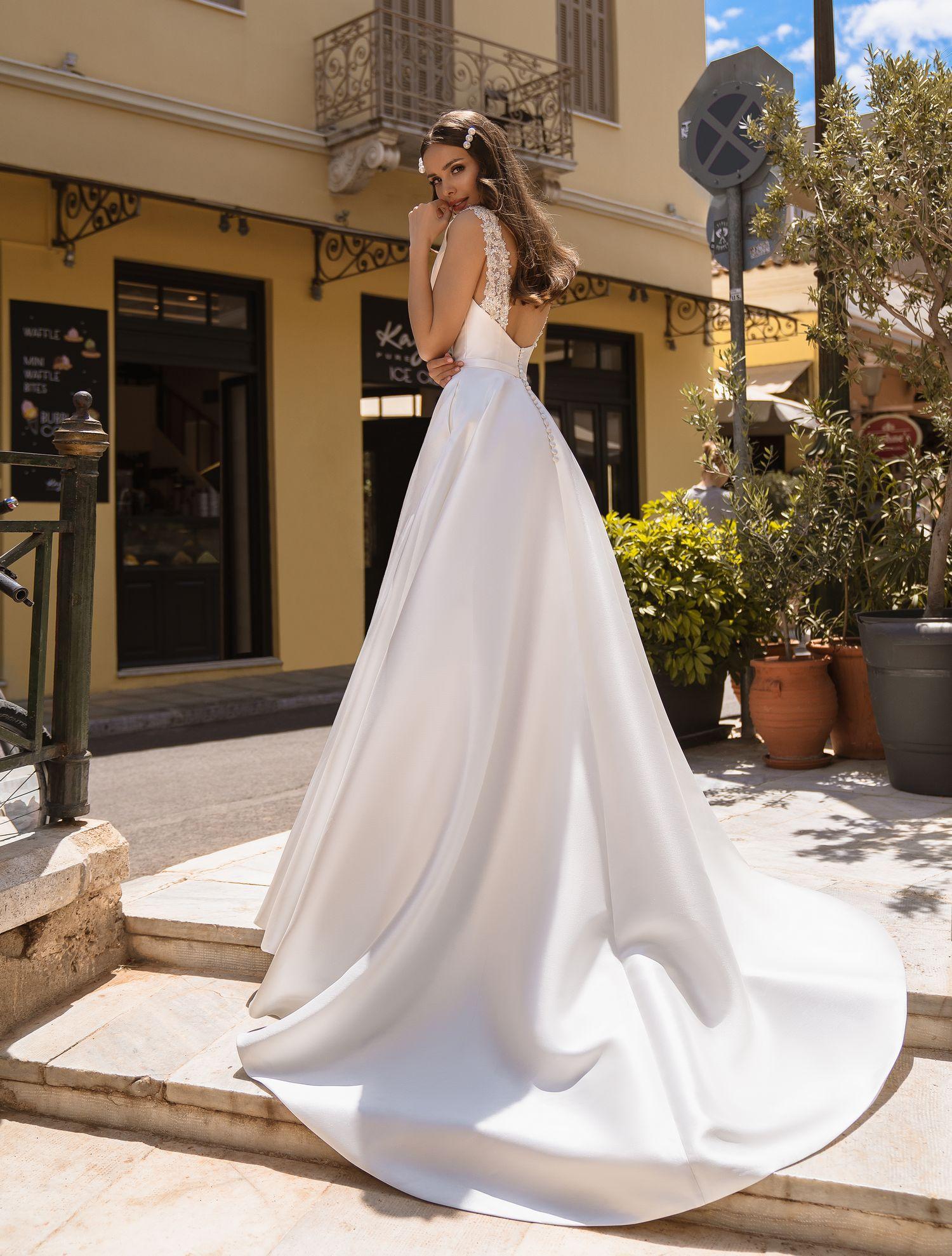 Весільна сукня з кишенями від виробника Supernova оптом-1