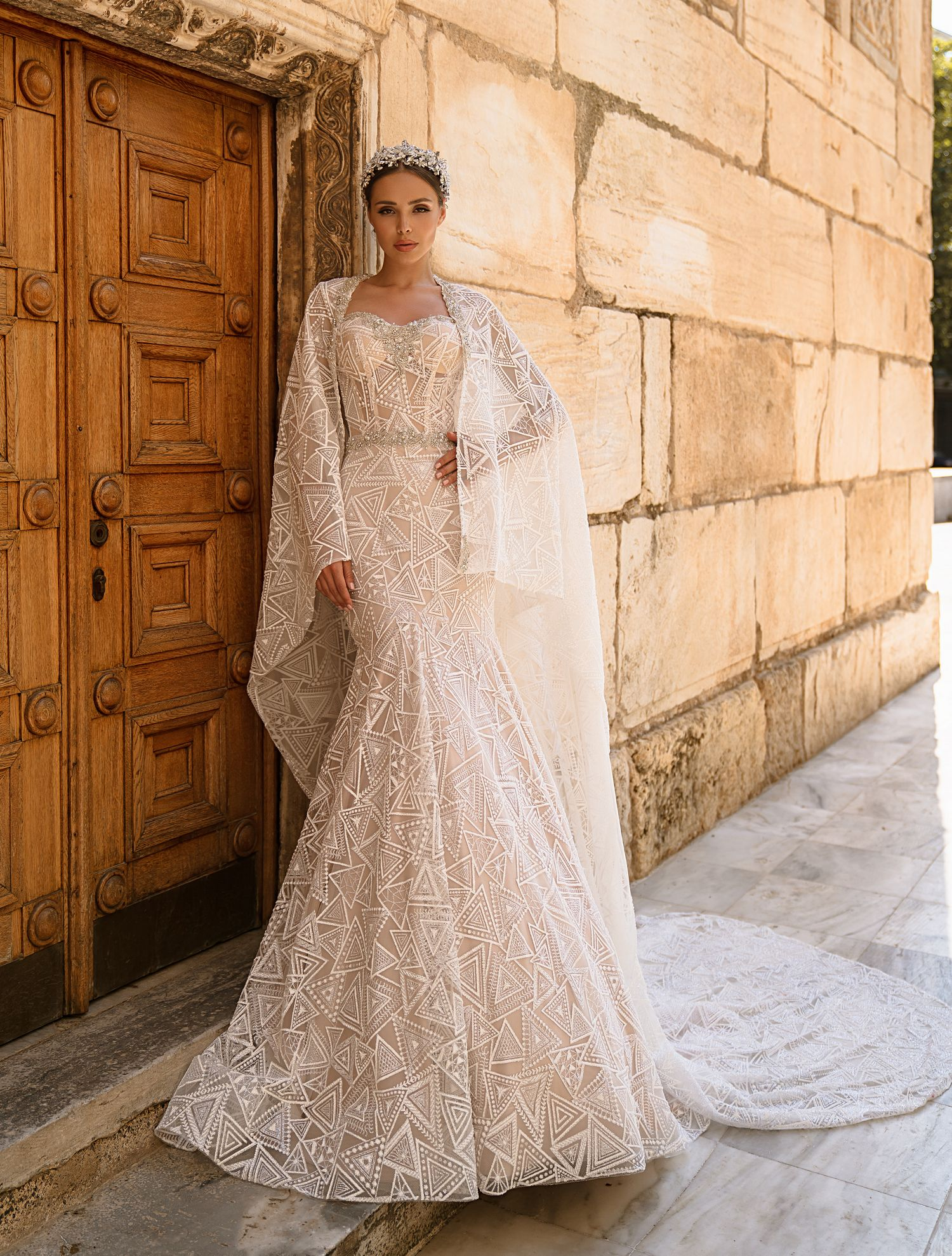 Wedding gown with cape from the manufacturer wholesale Supernova-1