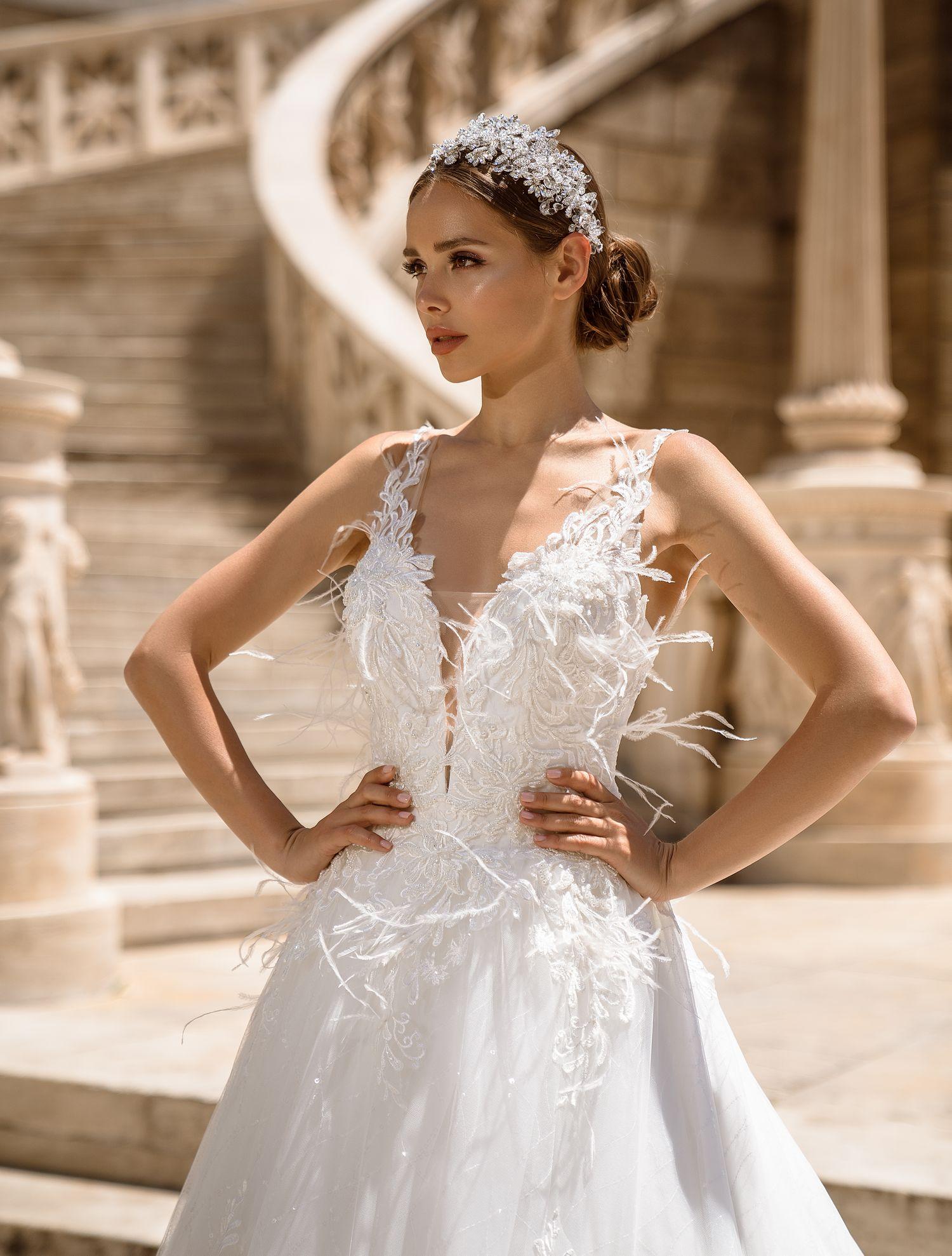 Свадебное платье с перьями от производителя Supernova оптом-1