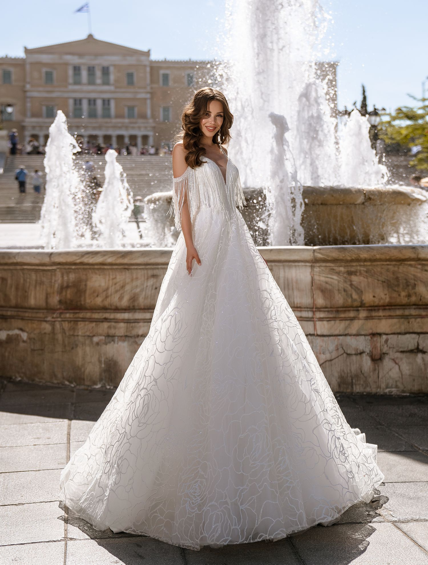 Блестящее свадебное платье на бретелях от ТМ Supernova оптом-1
