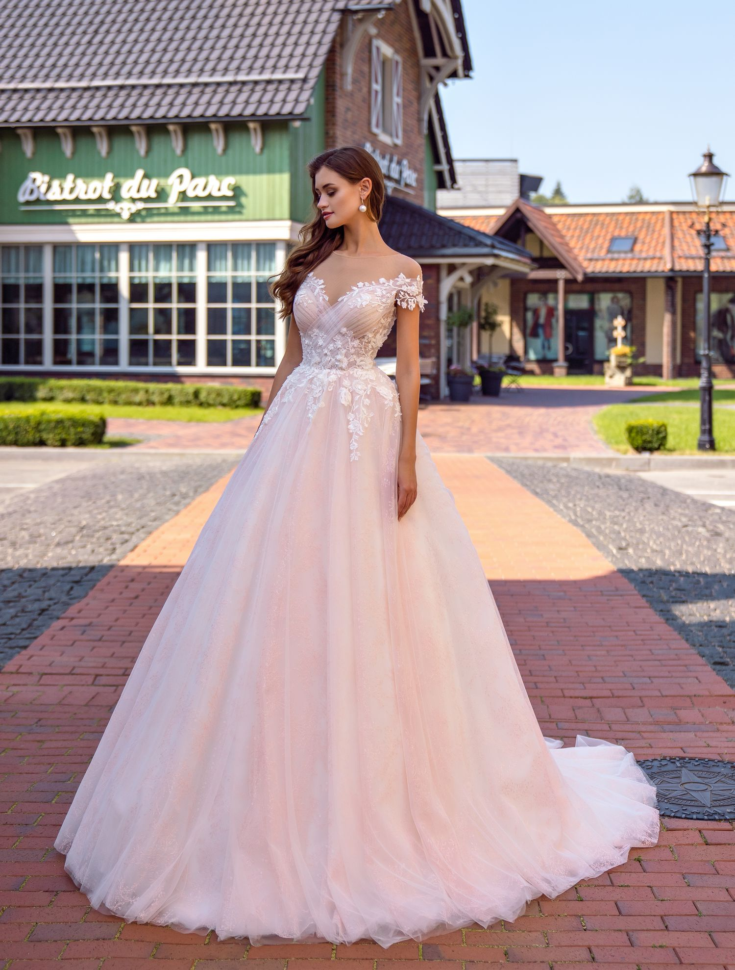 Wedding dress with drape on the bodice wholesale from Supernova-1
