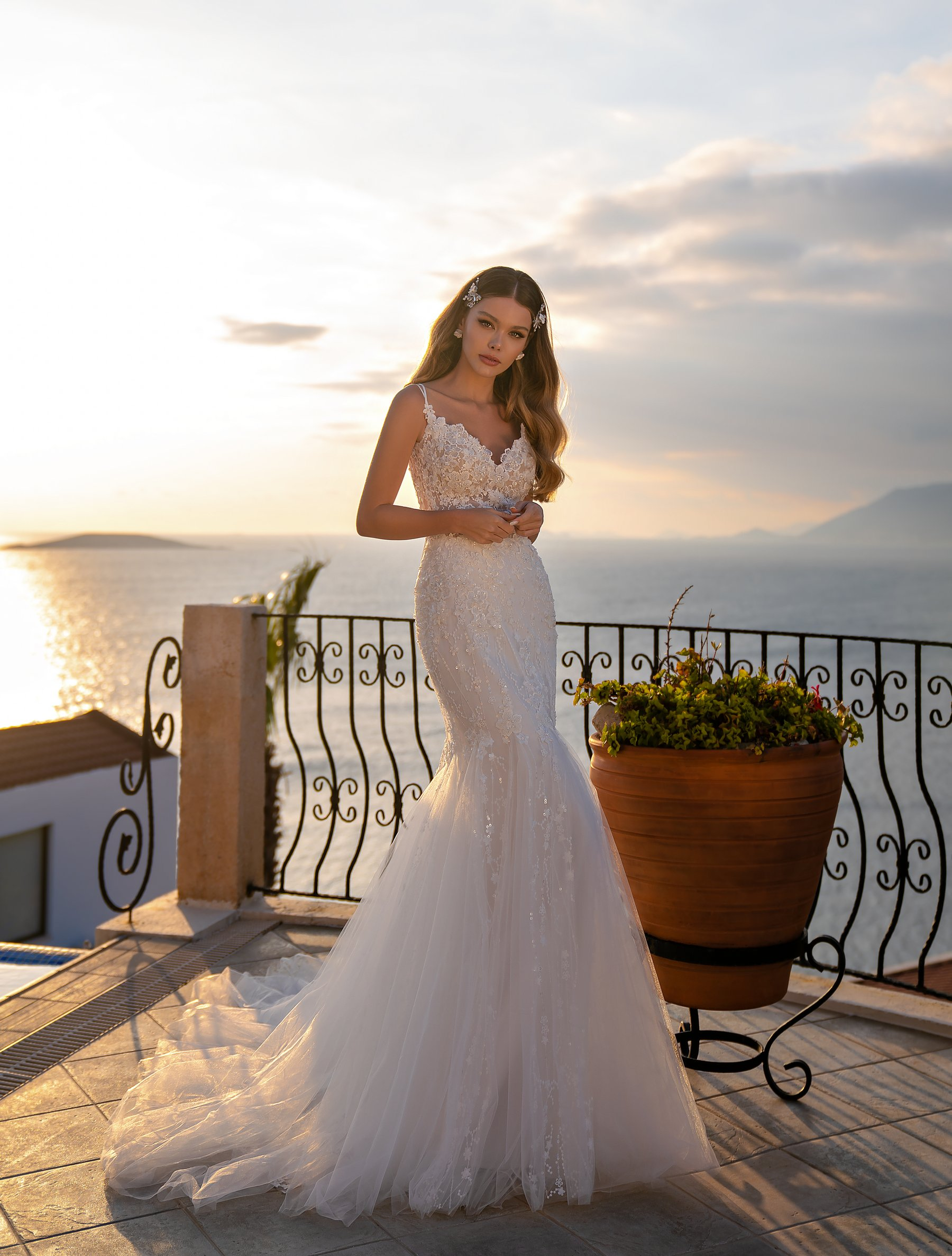Wholesale wedding dress with detachable train from Supernova-1