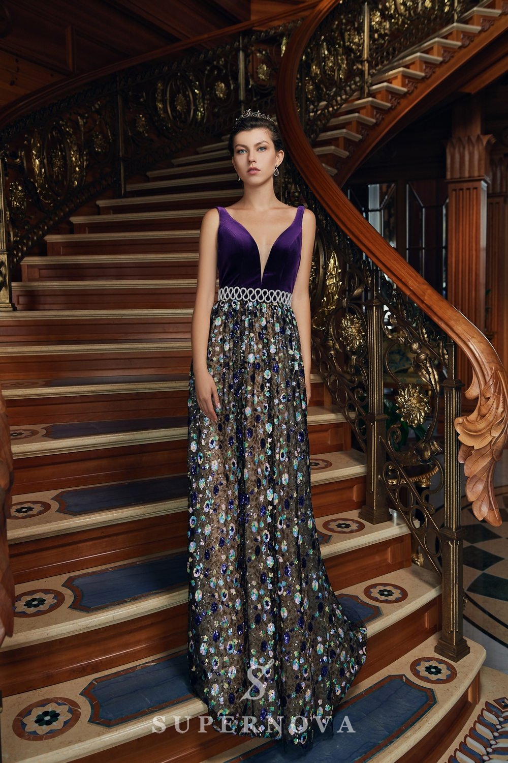 Evening dress with velour corset and bright embroidered skirt from Super Nova.-1