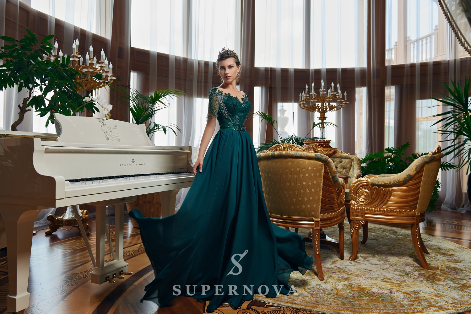 Evening dress with descending skirt and embroidered top on wholesale from Super Nova.-1