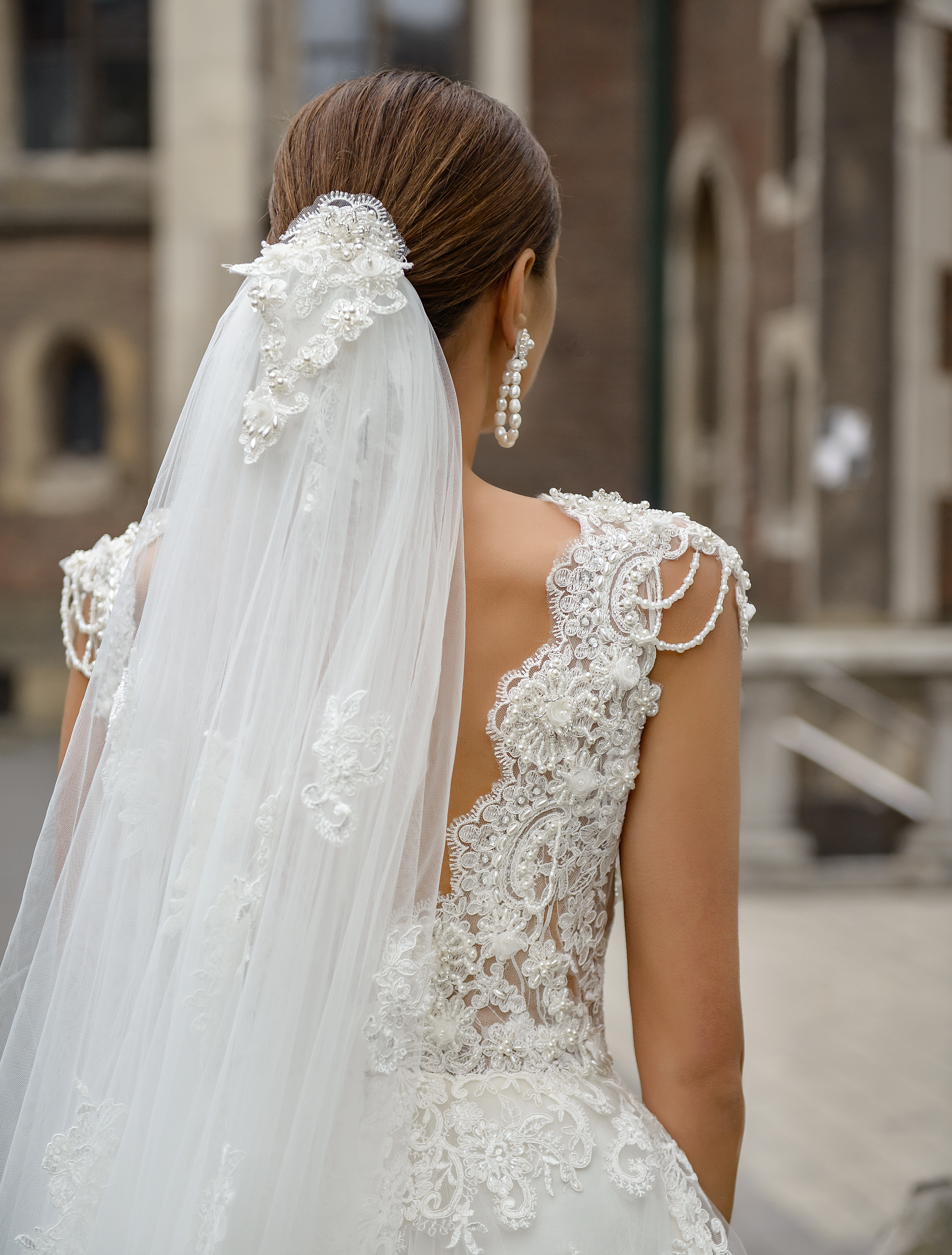 Wedding veil with beads, pearls on wholesale from manufacturer Super Nova-1
