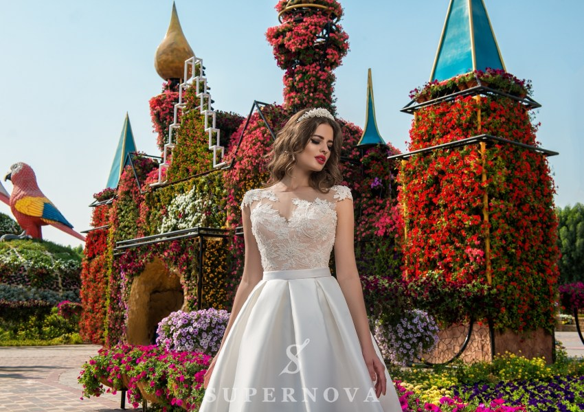 Wedding dress with appliques SN-017-Cora