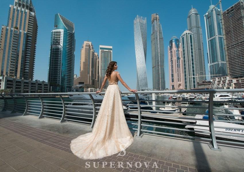 Свадебное платье c пышной юбкой-2