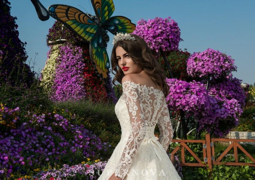 Свадебное платье из гипюра с кордом-2