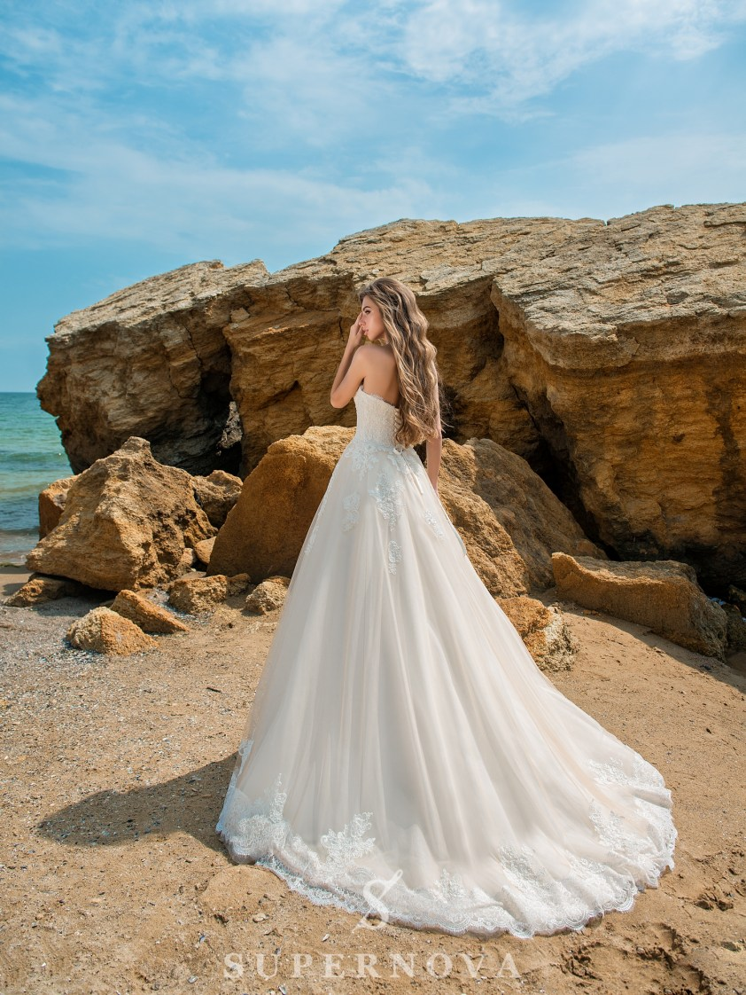 Caramel wedding dress with open shoulders-4