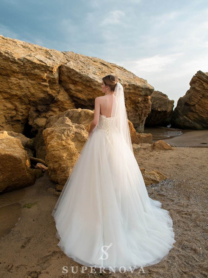 Wedding dress with open shoulders and lush skirt-3