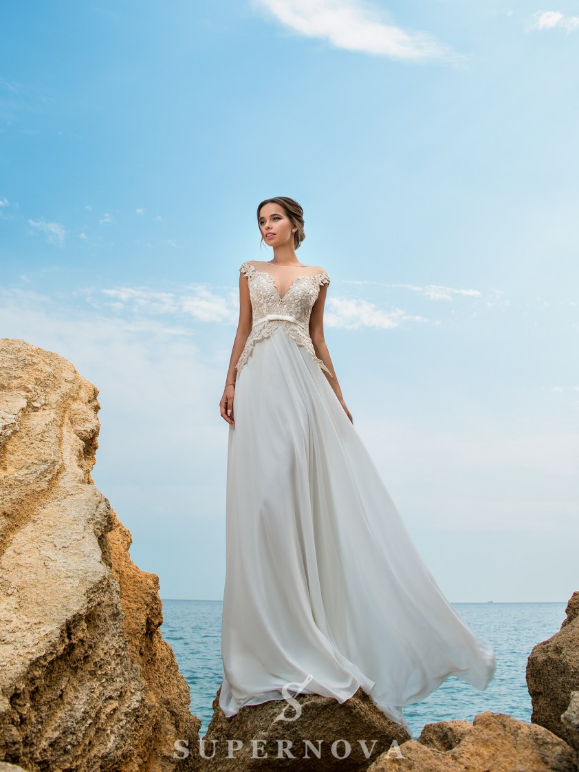 Wedding dress with a short bodice on a yoke-2