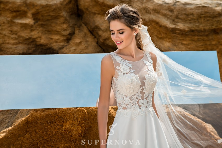 Wedding dress with a soft corset SN-049-PIA