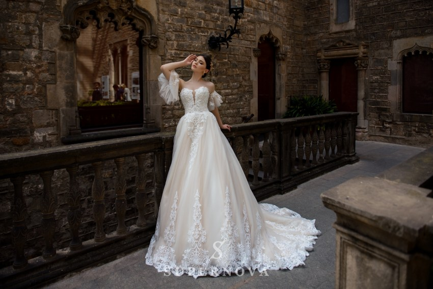 Wedding dress with detachable sleeves wholesale from SuperNova SN-053-Bianca