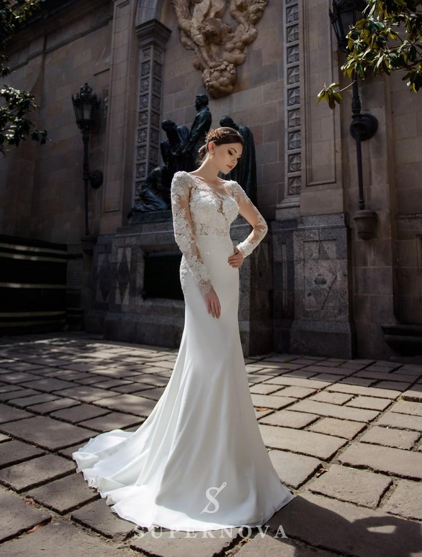 Весільна сукня з аплікаціями і м'якою спідницею-шлейфом від Supernova оптом-3
