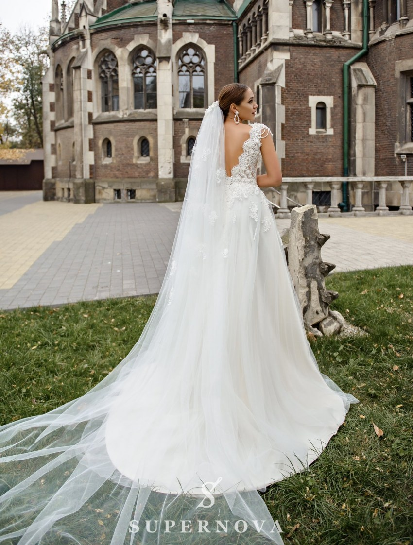 Wedding dress with a deep neckline on wholesale from SuperNova-3