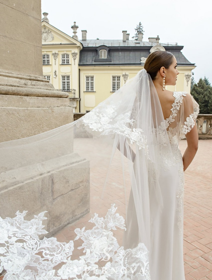 Wedding dress in godet style  with a soft skirt on wholesale from SuperNova-4