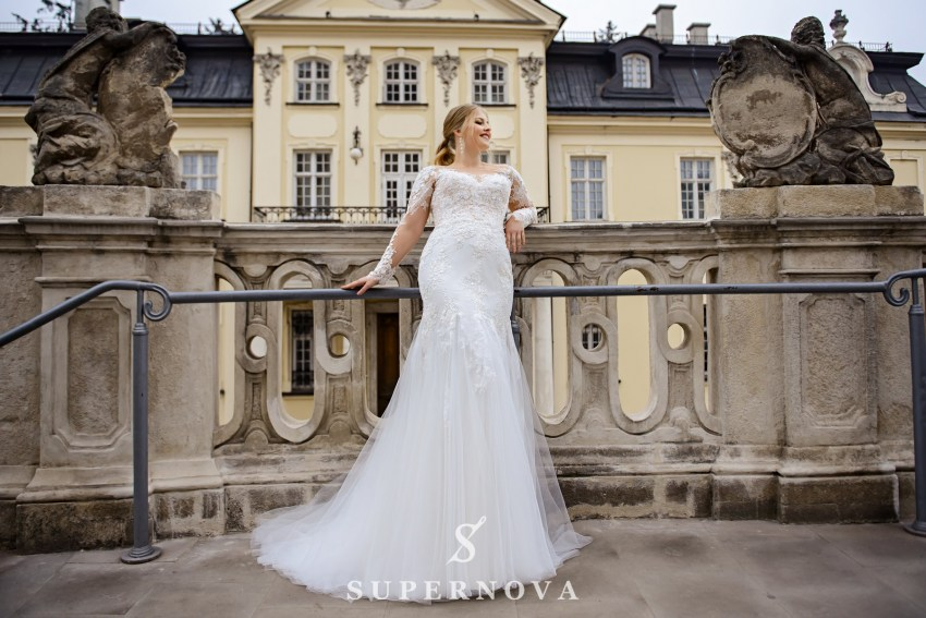 Plus size wedding dress in godet style on wholesale from SuperNova company SN-095-Nika