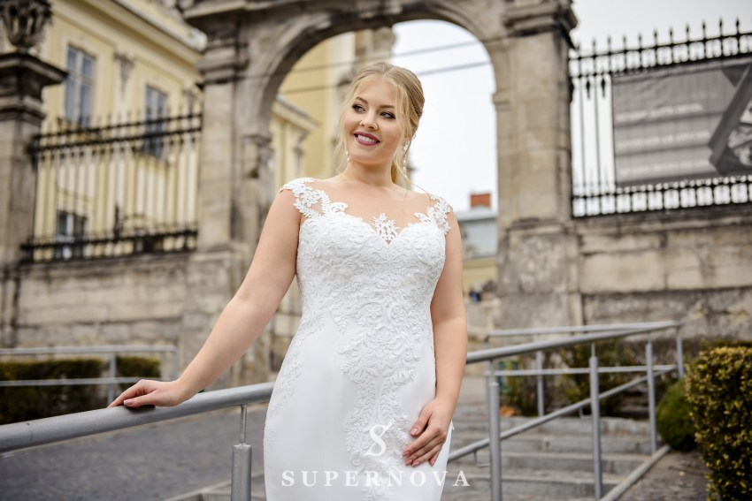 Plus size well-fitting wedding dress on wholesale from SuperNova SN-097-Nila