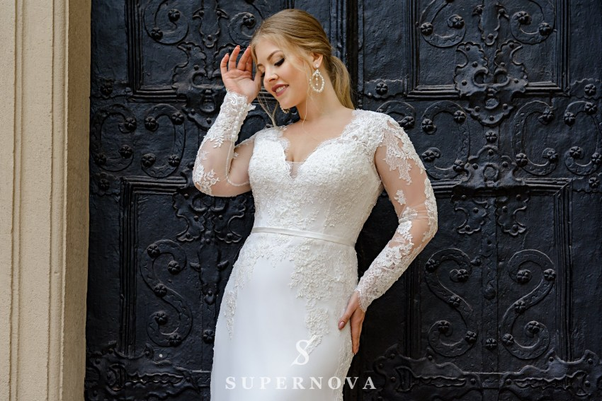Plus size wedding dress with a soft skirt-train on wholesale from SuperNova SN-098-Nanette