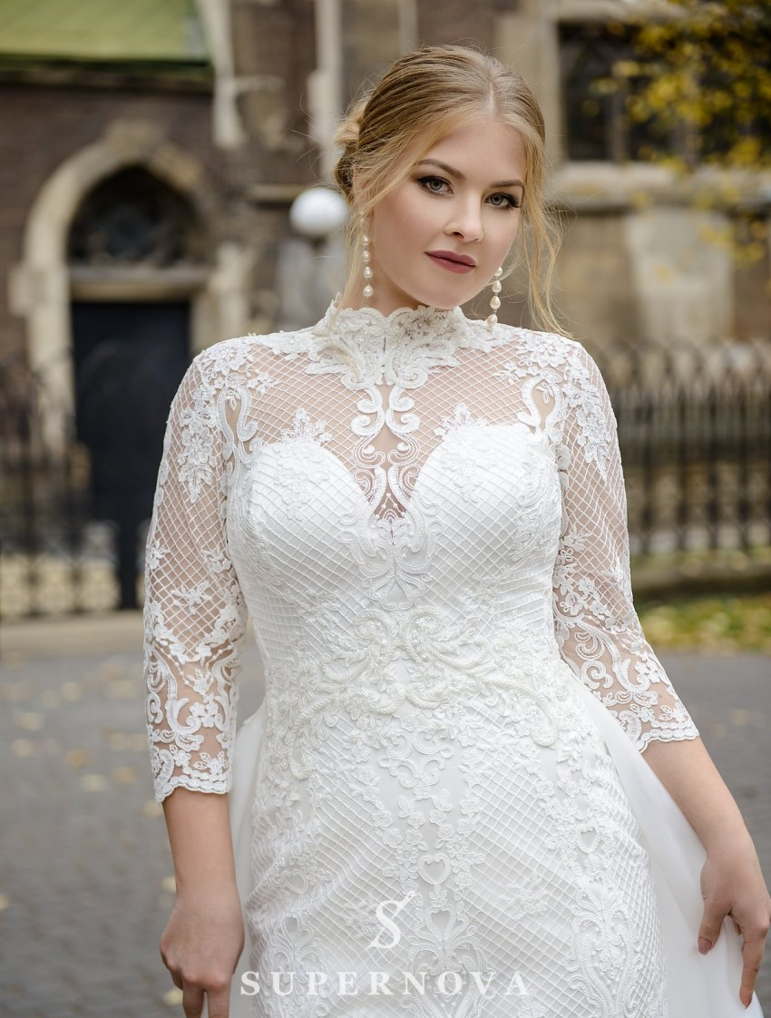 Plus size wedding dress with a removable train on wholesale from SuperNova-2