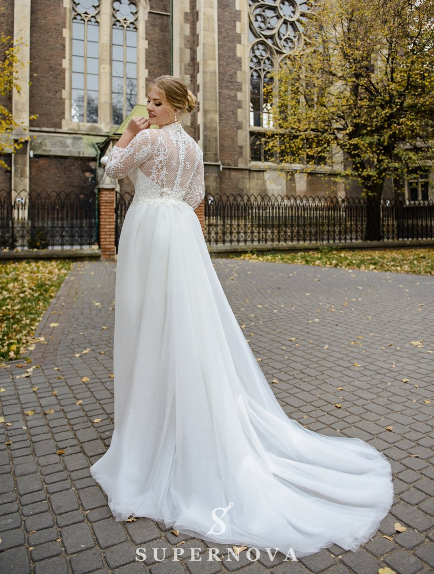 Plus size wedding dress with a removable train on wholesale from SuperNova-3