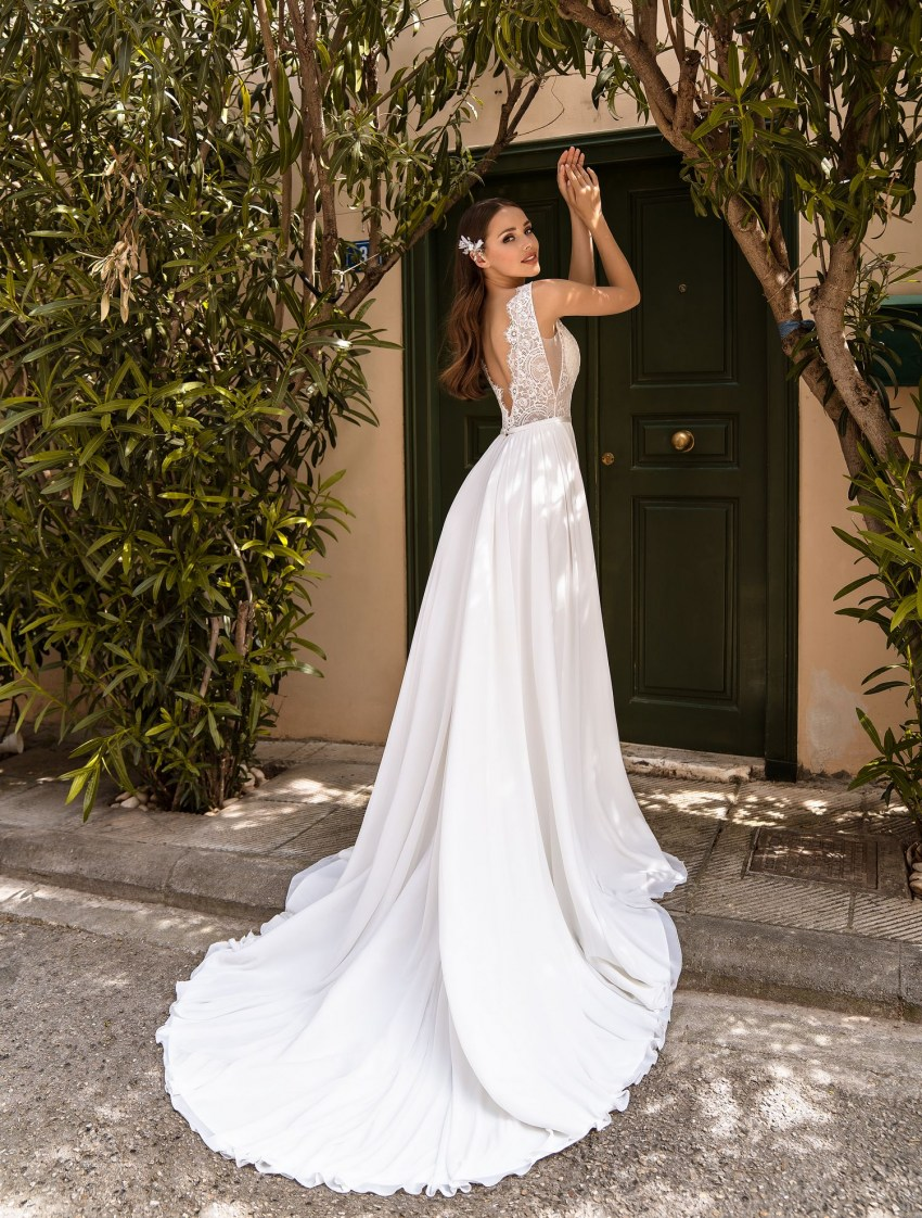 Wedding dress with removable sleeves from TM Supernova wholesale-7