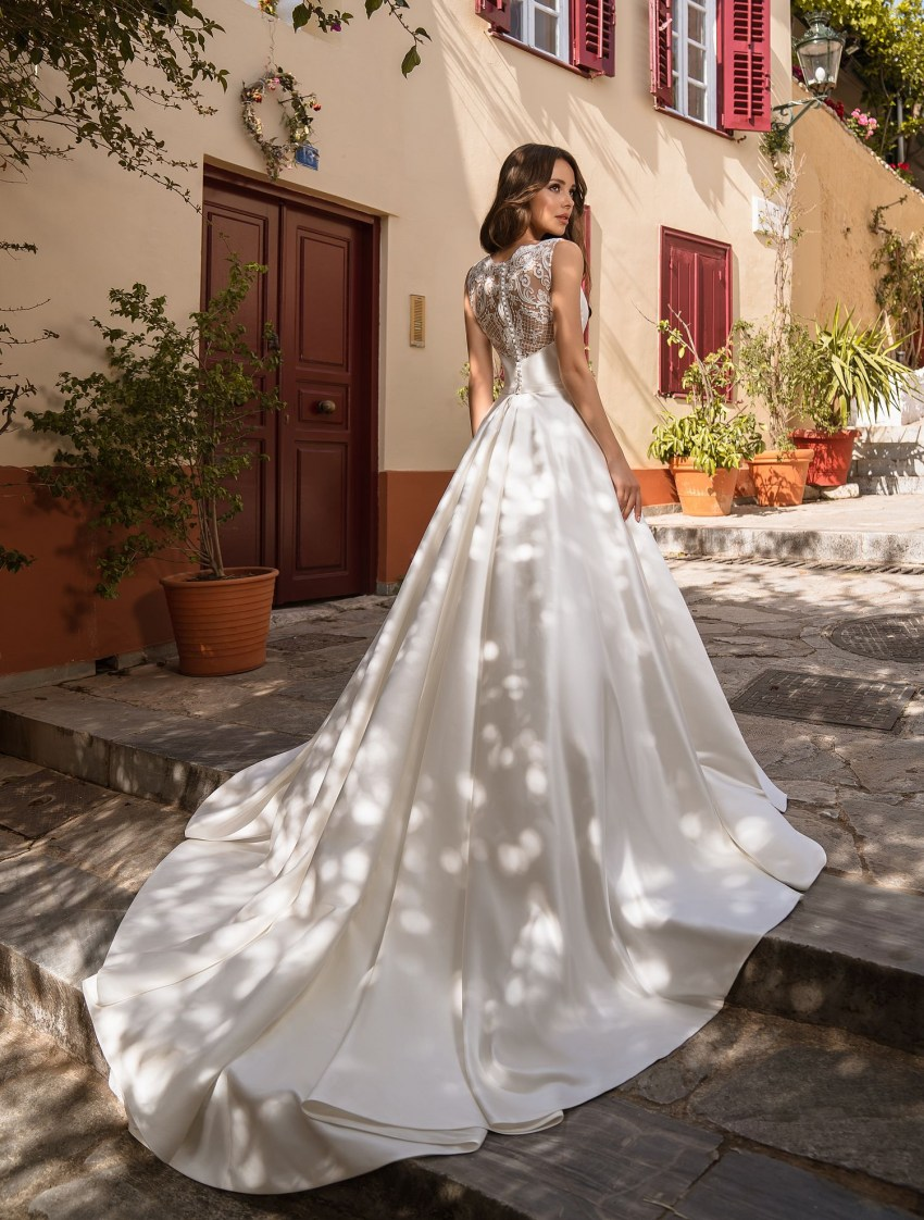 Wedding dress from Royal satin from Supernova wholesale-9