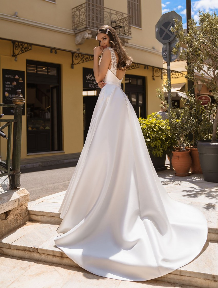 Wedding dress with pockets from manufacturer Supernova wholesale-5