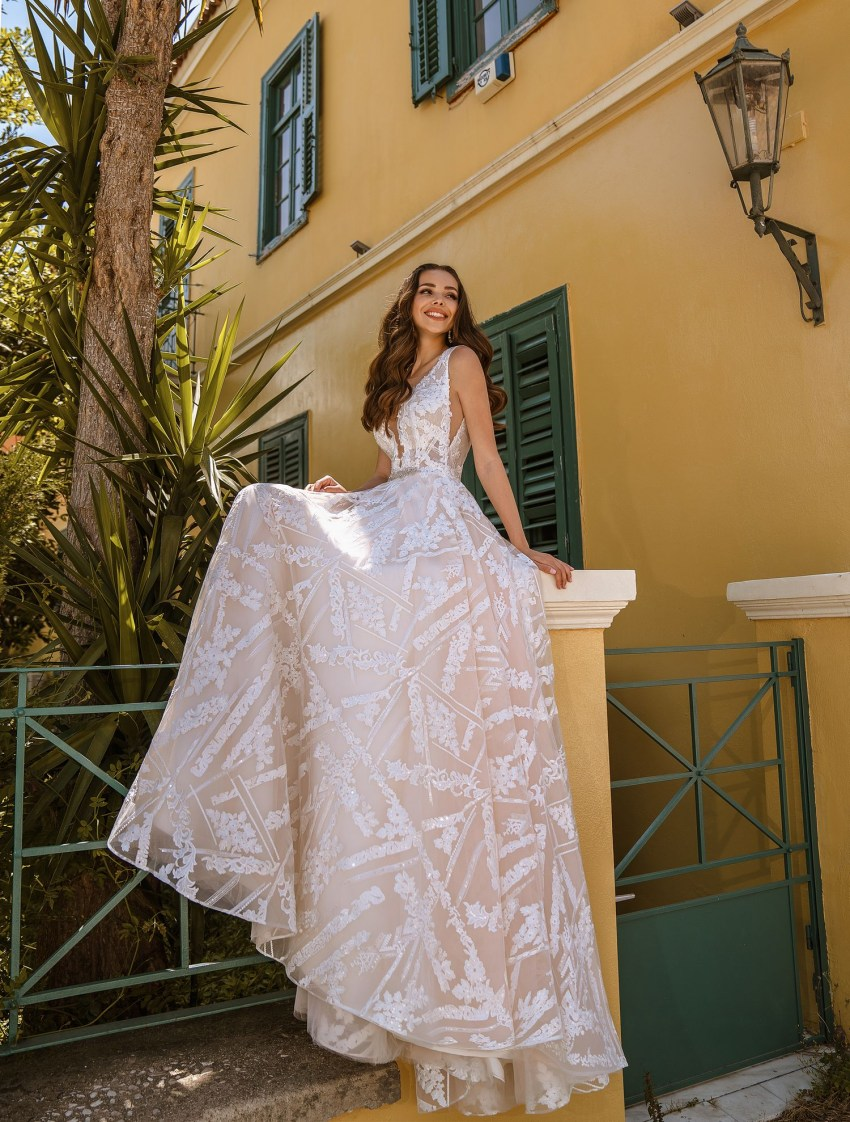 Wedding dress with cutouts on the bodice from TM Supernova wholesale-7