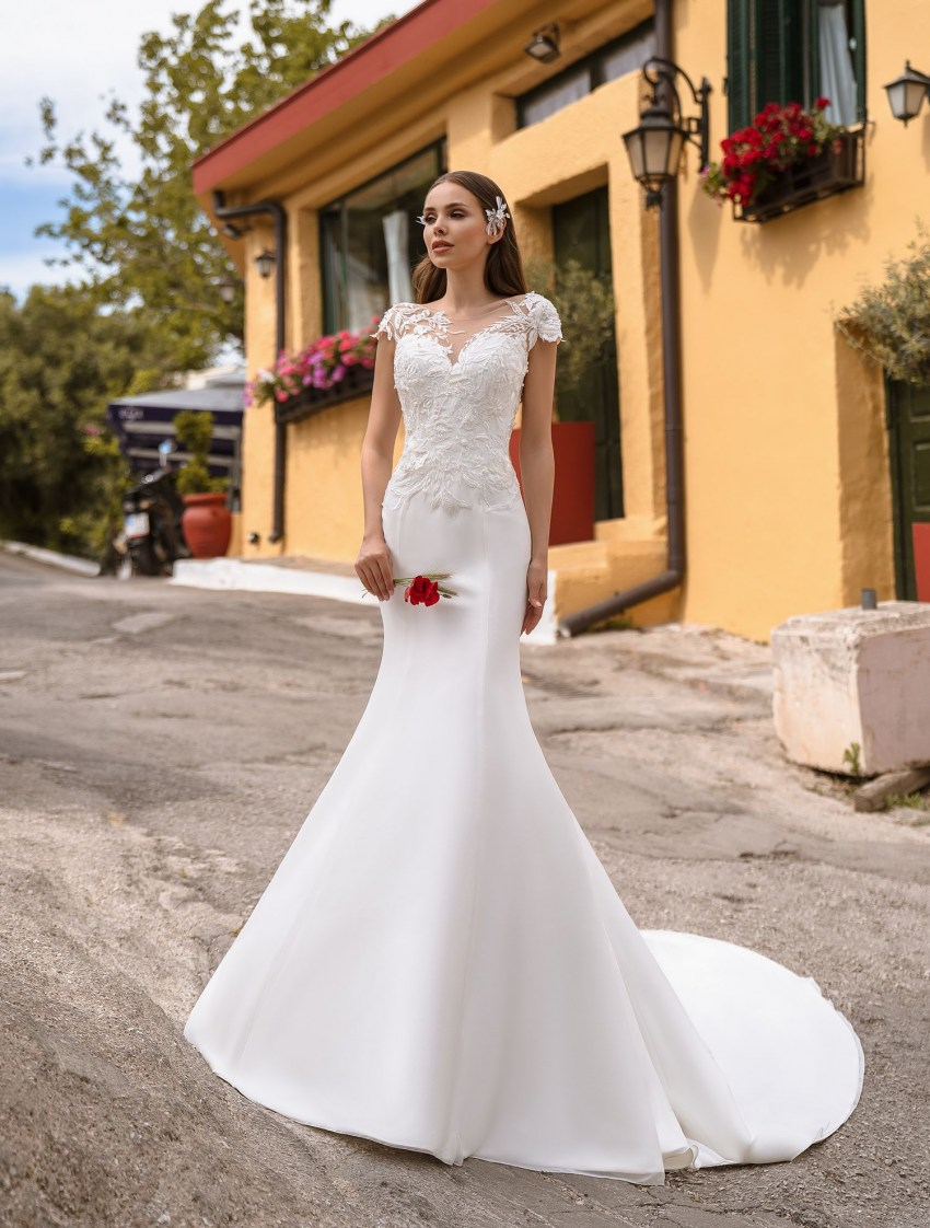 Buy wedding dress with asymmetry from TM Supernova wholesale-8