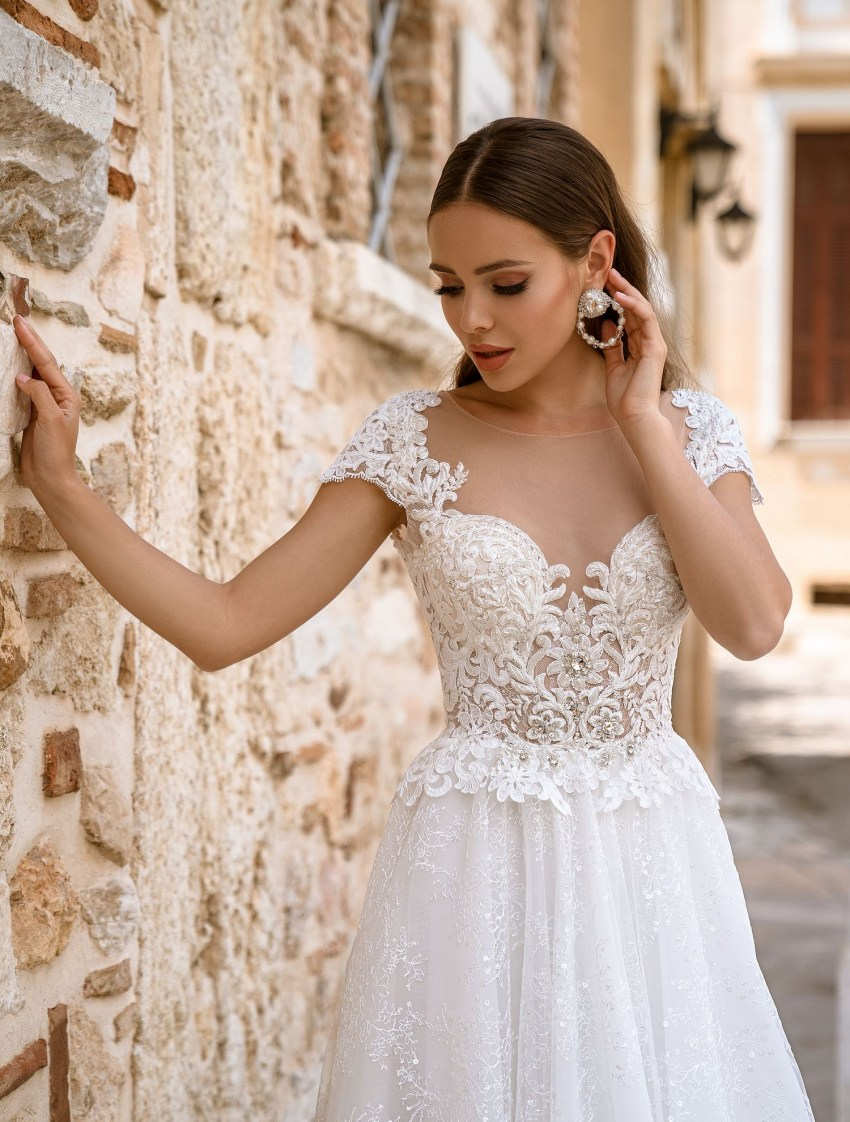 Wedding dress with short wing-sleeves from TM Supernova wholesale-6