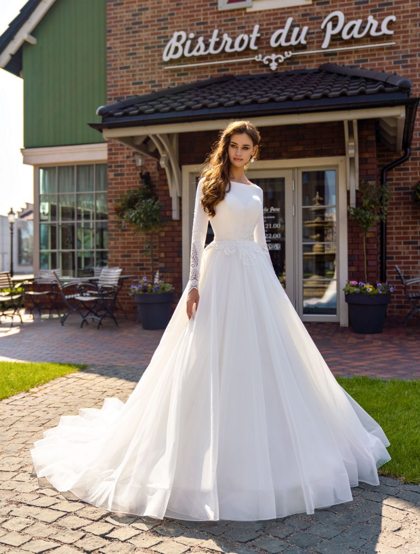 Puffy closed wedding dress wholesale from Supernova-4