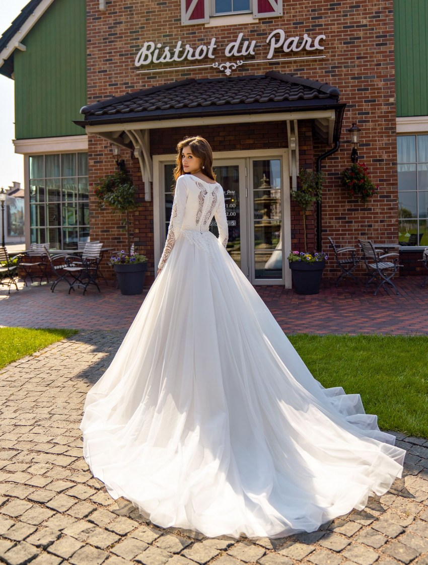 Puffy closed wedding dress wholesale from Supernova-6