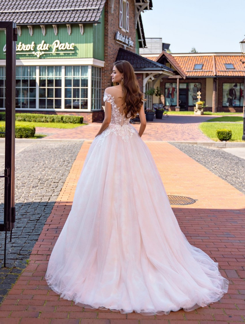 Wedding dress with drape on the bodice wholesale from Supernova-8