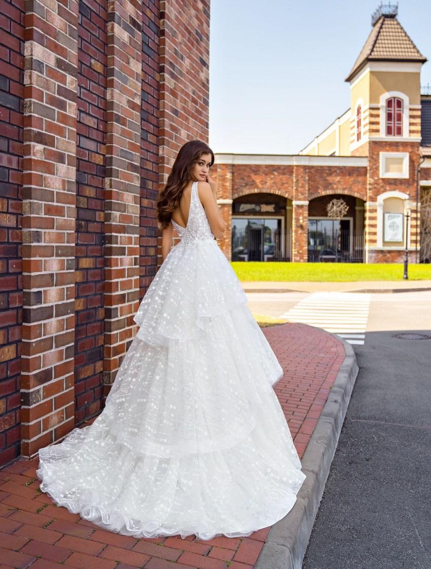 Весільна сукня з воланами оптом від Supernova-6