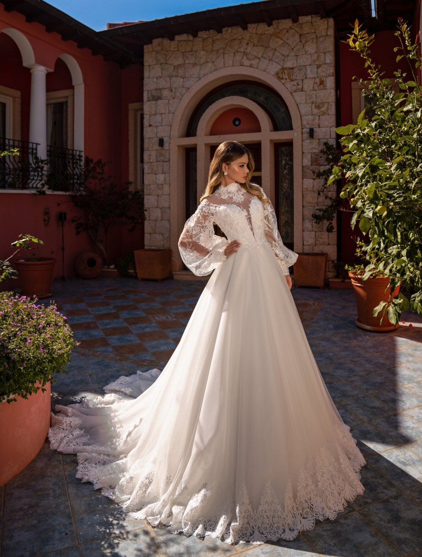 Wholesale wedding dress with long sleeves from Supernova-10