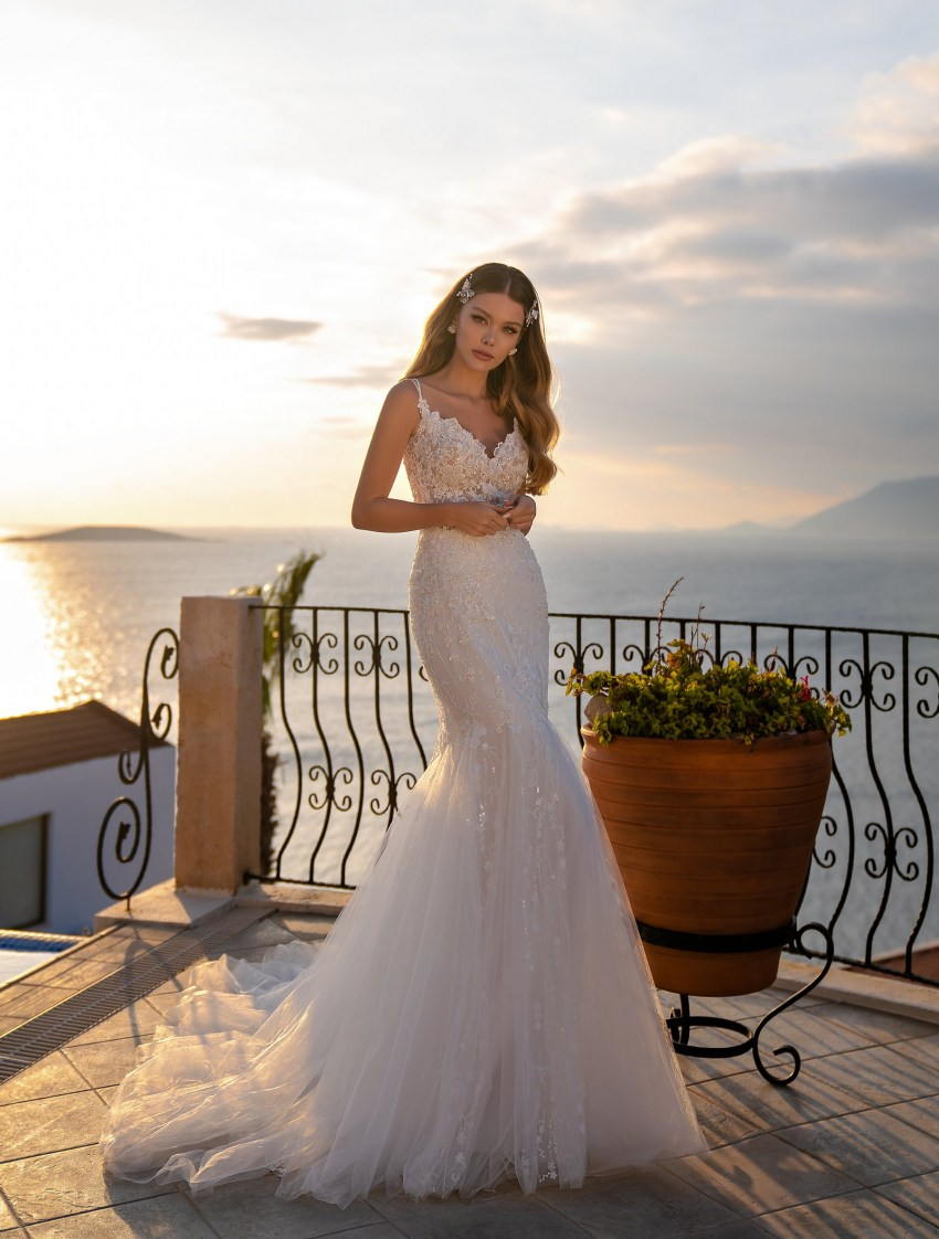 Wholesale wedding dress with detachable train from Supernova-6