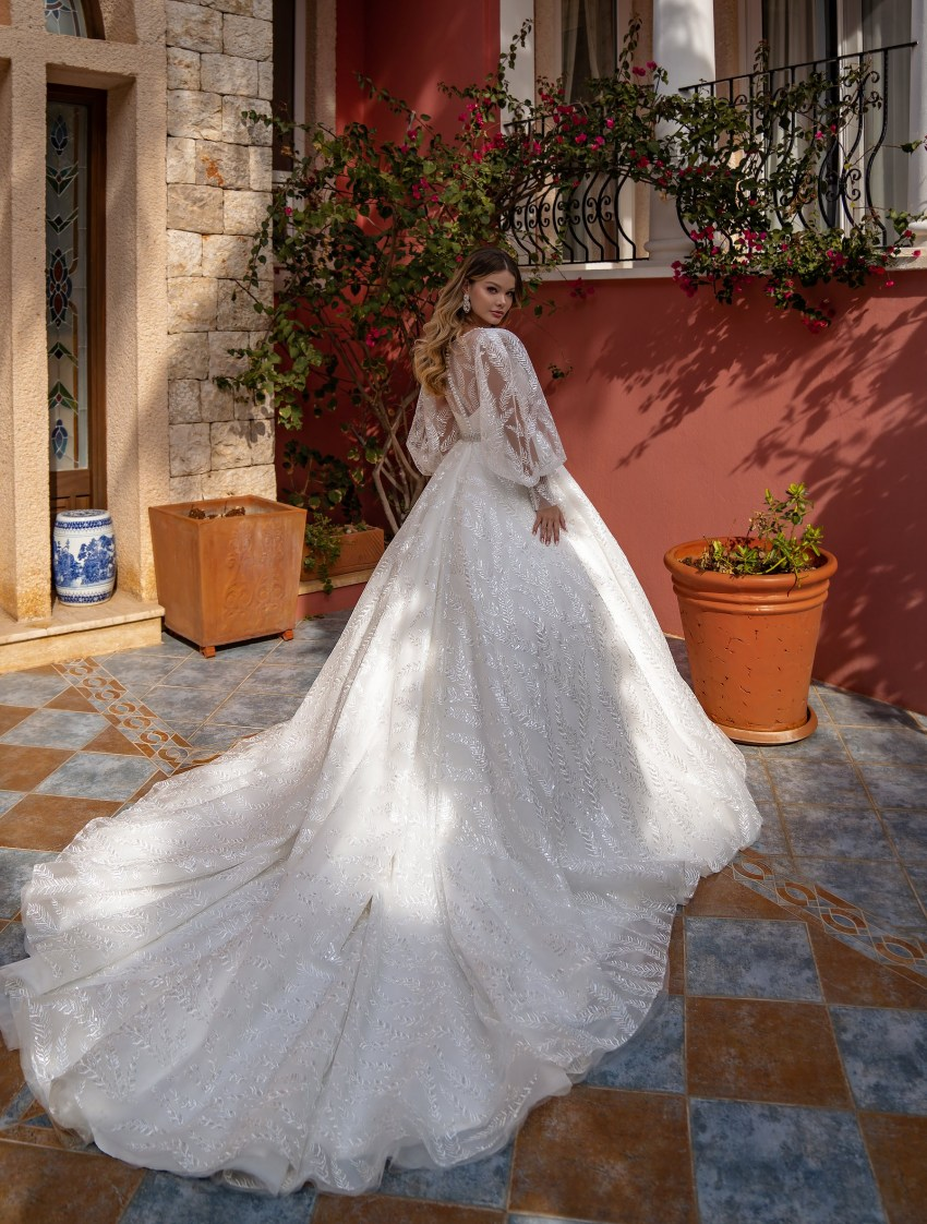 Wedding dress with a full skirt wholesale from Supernova-4