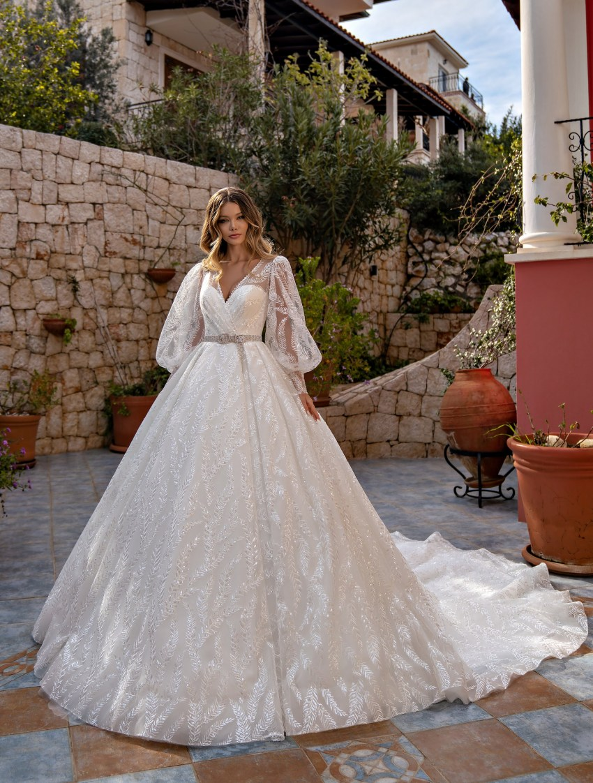 Wedding dress with a full skirt wholesale from Supernova-5