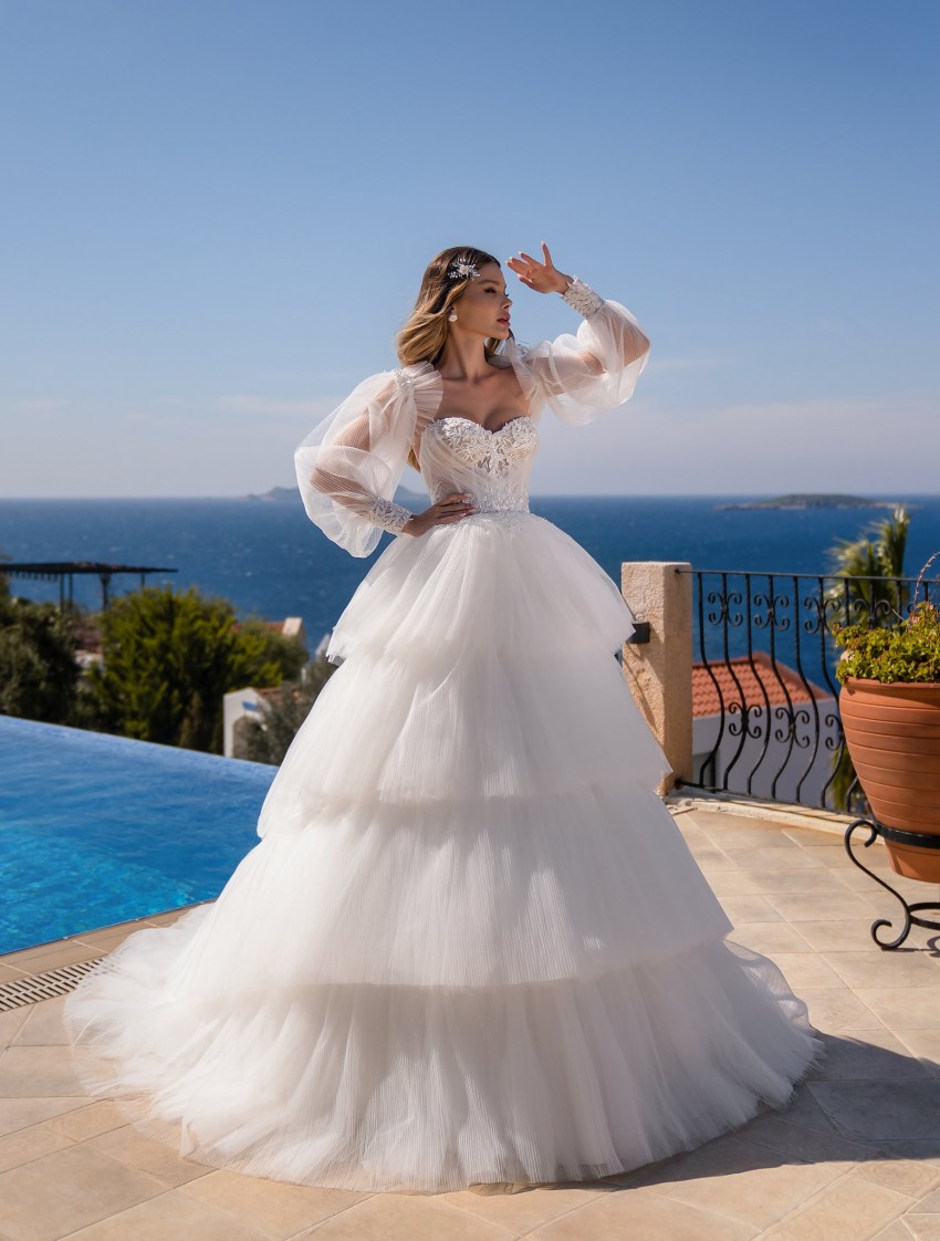 Wedding dress with a full skirt wholesale from Supernova-9