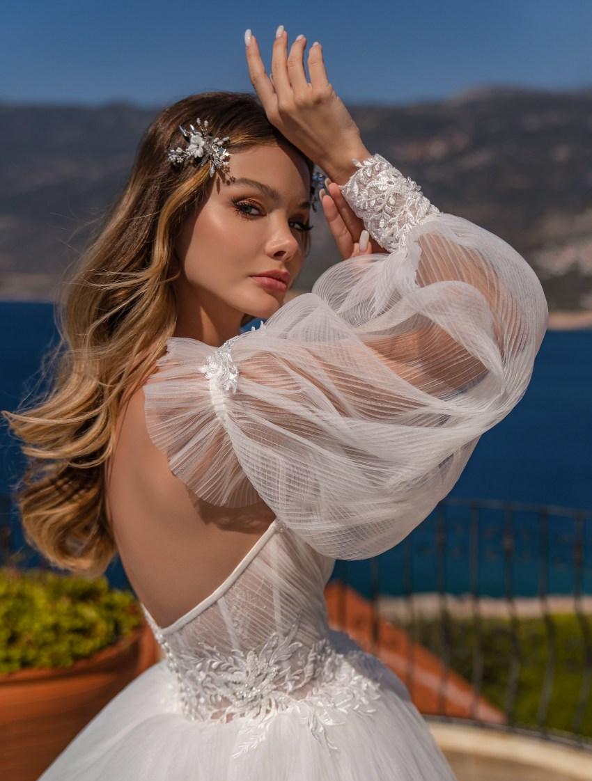 Весільна сукня з пишною спідницею оптом від Supernova-11