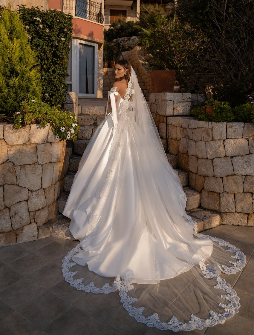 Wedding dress with a full skirt from Supernova-8